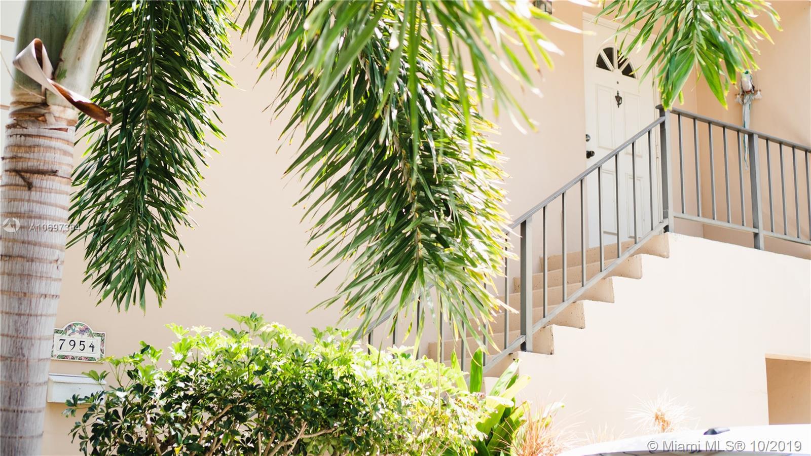 7954  Camino Cir #D-5 For Sale A10697384, FL