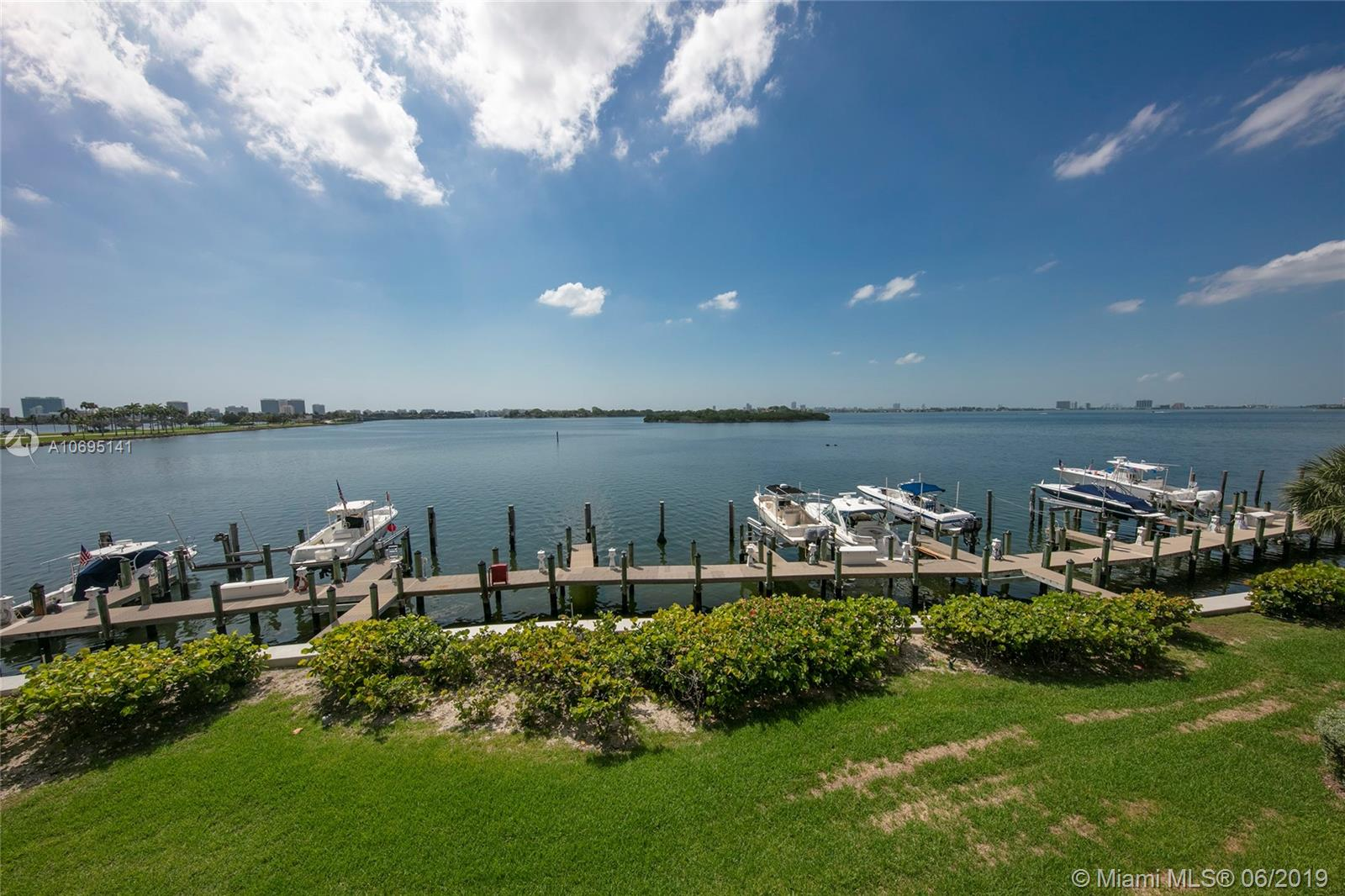 12000 N Bayshore Dr #305 For Sale A10695141, FL