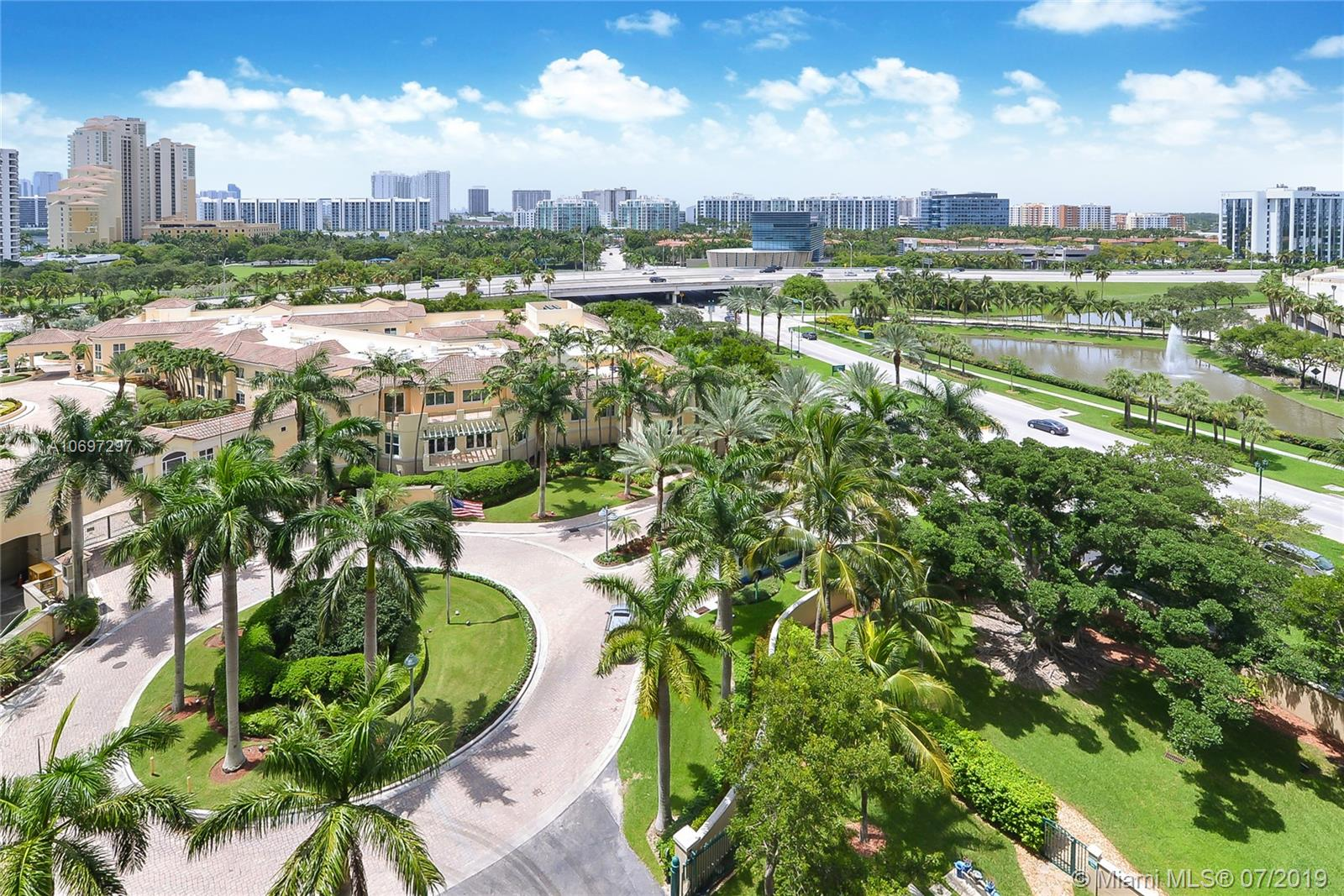 19501 W Country Club Dr #1006 For Sale A10697297, FL