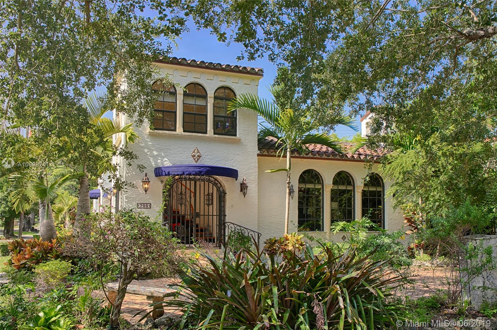 700  Navarre Ave  For Sale A10698711, FL