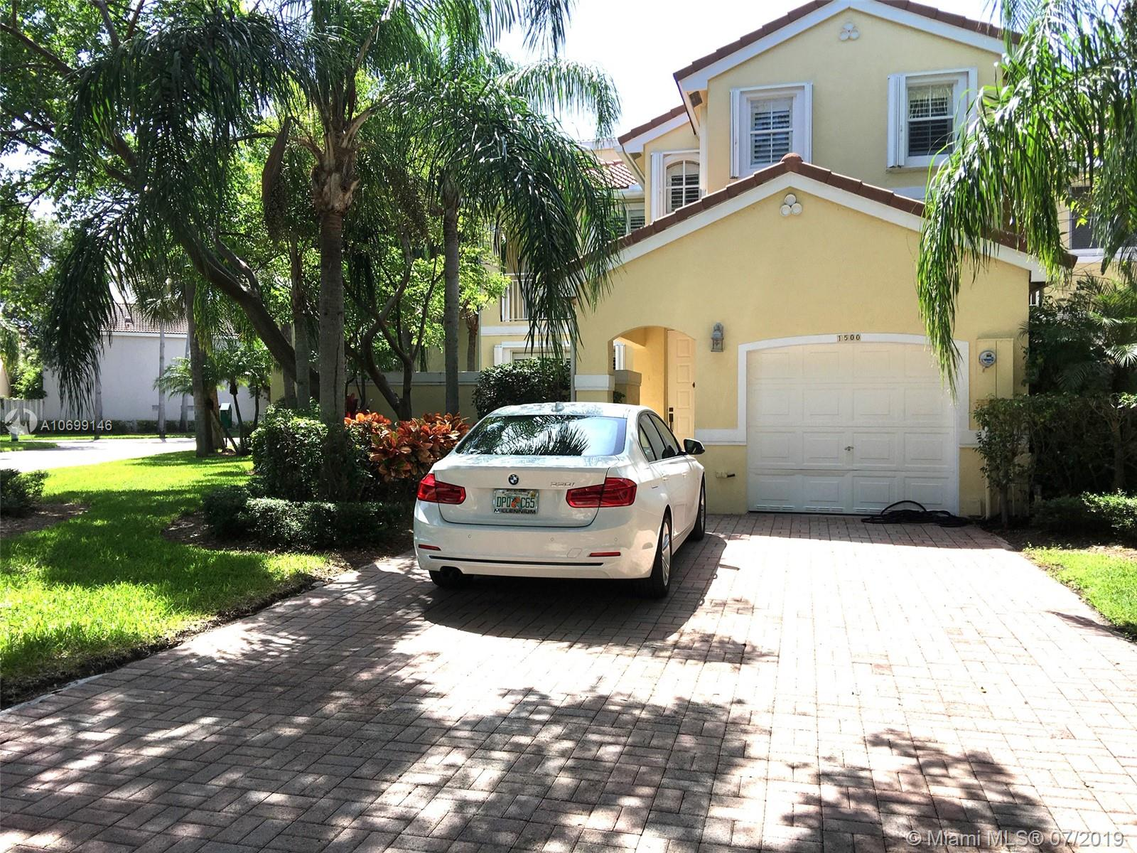 1500  Weeping Willow Way  For Sale A10699146, FL