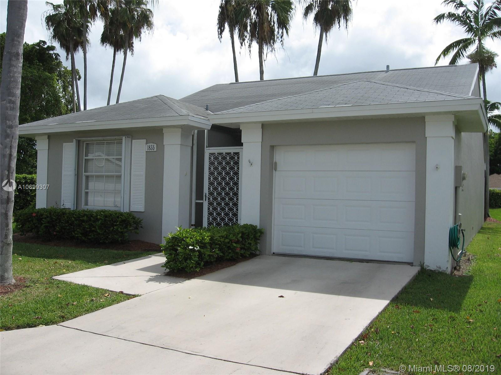 Keys-Gate, probably one of the best communities to live down south. HOA includes cable TV & internet ATT-U-VERSE, full lawn services, home alarm by ATT, house painted outside every 7 years, all trash pick-up, lots of walking trails and full resort style clubhouse