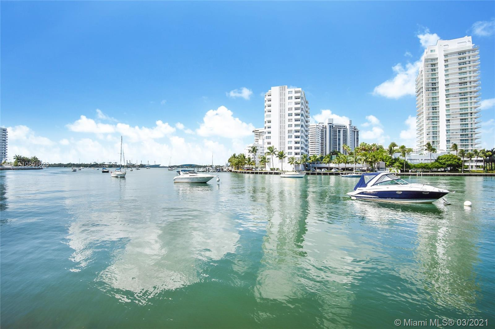 1662  Lincoln Ct #208 For Sale A10699623, FL