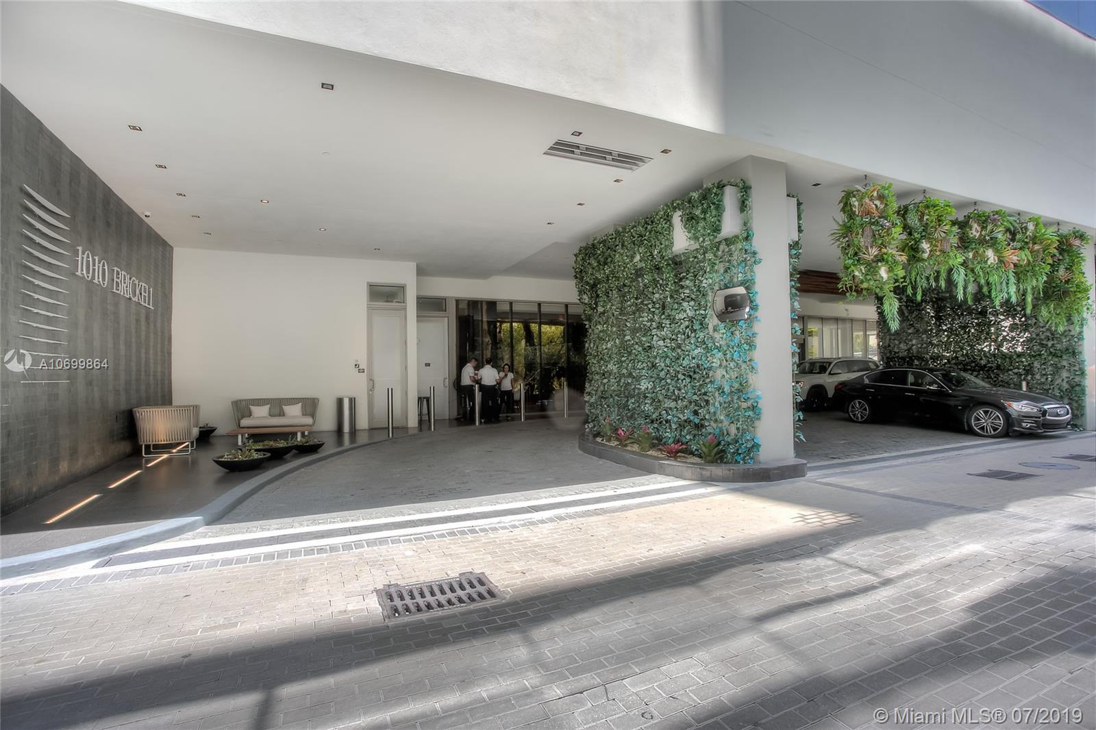 1010 Brickell Ave #2205, Miami FL 33131