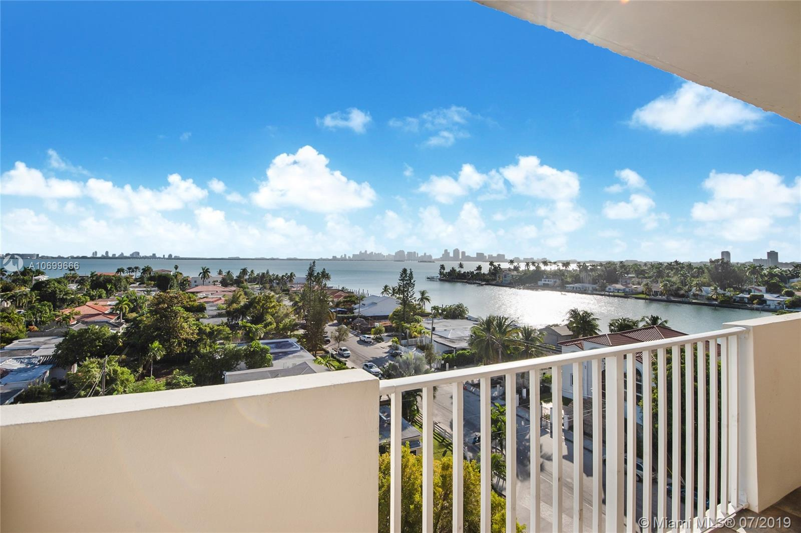 1455 N Treasure Dr #8-R For Sale A10699666, FL