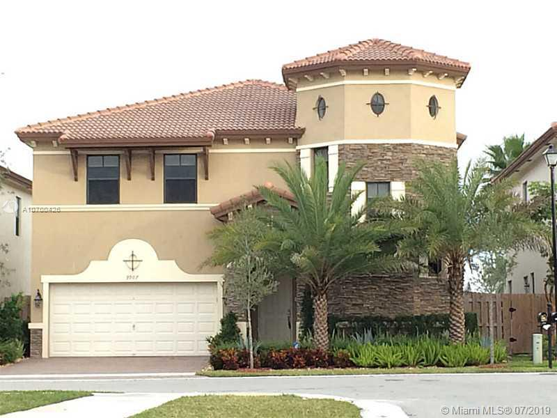 9907 NW 87 terrace  For Sale A10700426, FL