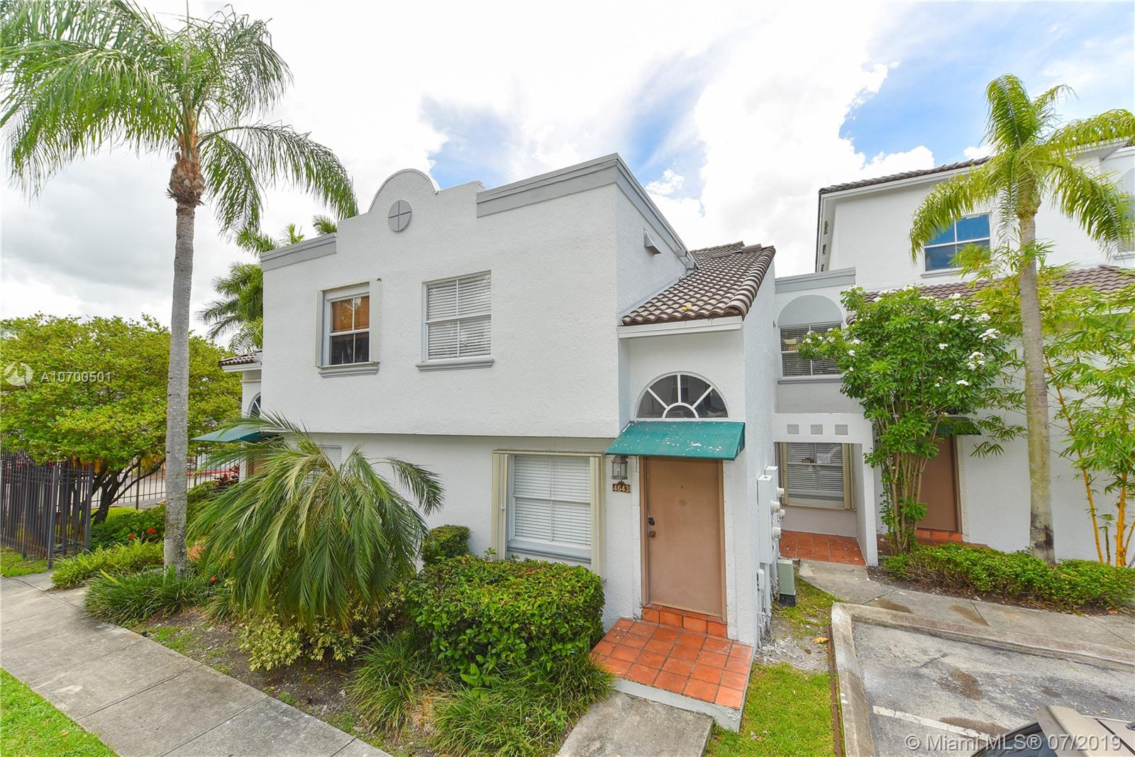 4643 NW 97 Ct #19 For Sale A10700501, FL