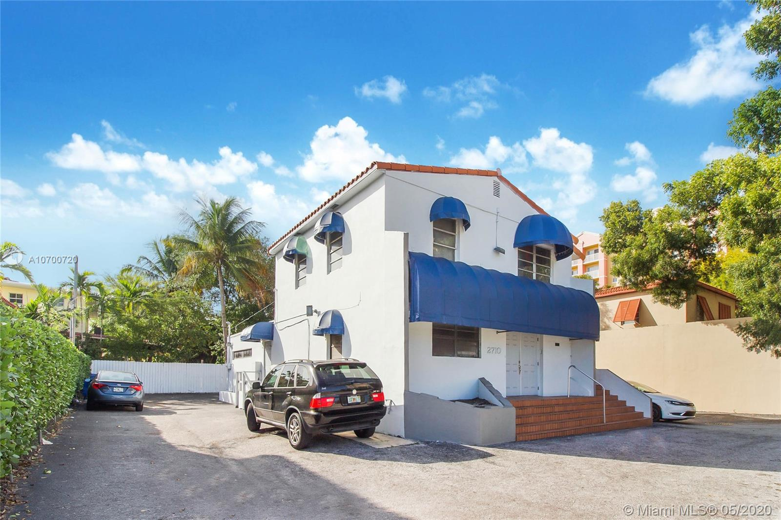 2710 S W 37th Ave  For Sale A10700720, FL
