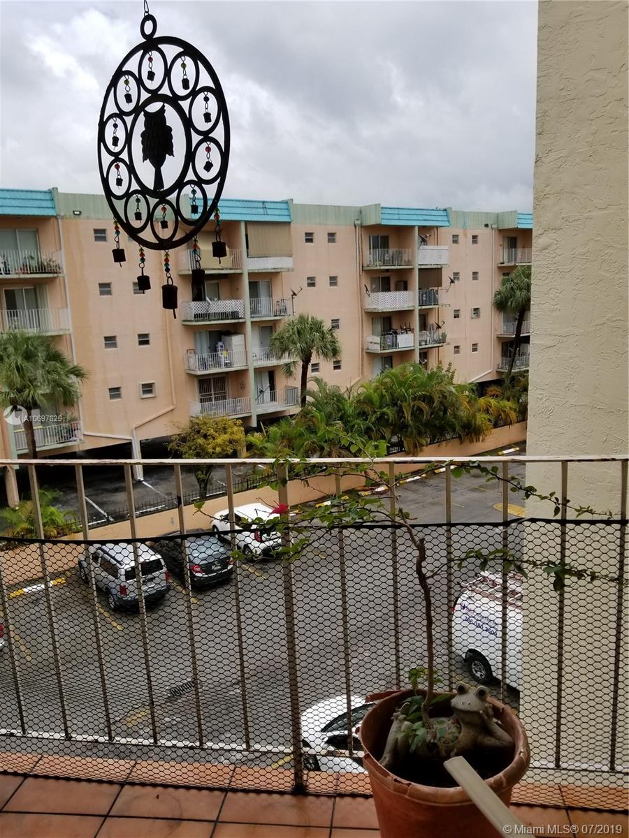 1750 W 46th St #435 For Sale A10697625, FL