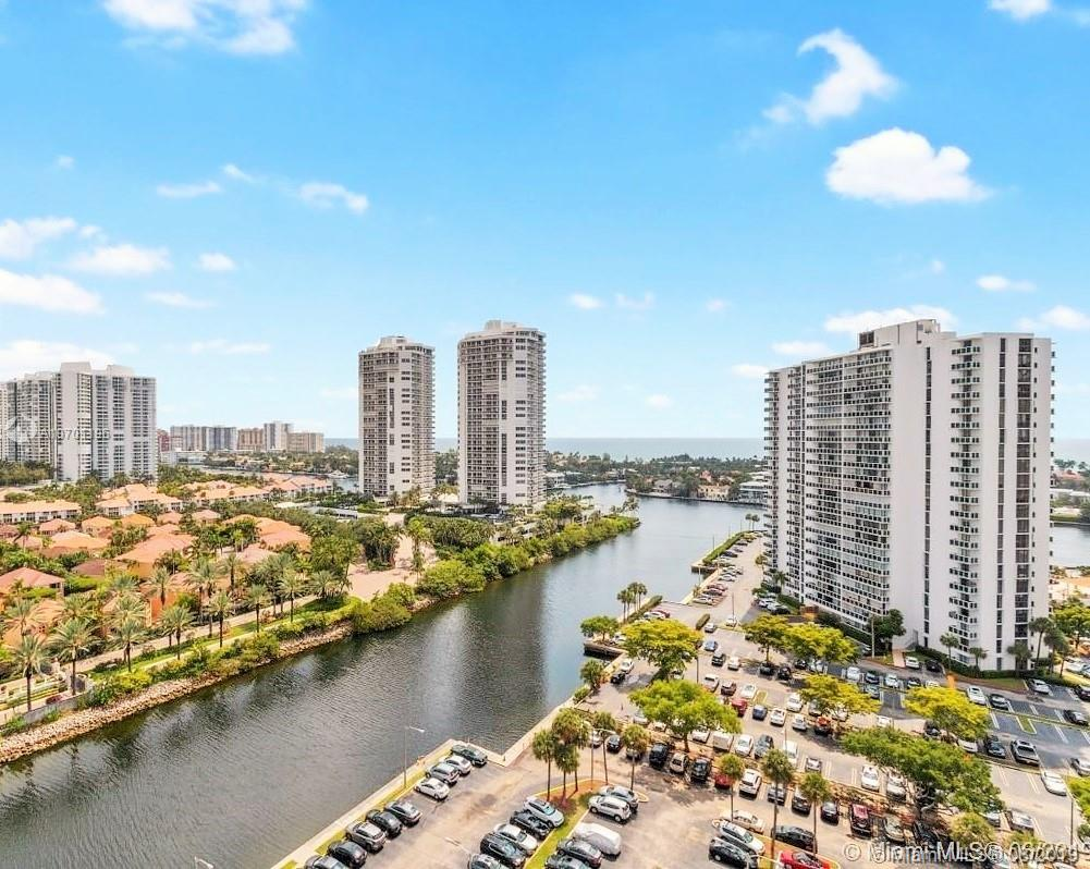3701 N Country Club Dr #PH-01 For Sale A10701196, FL