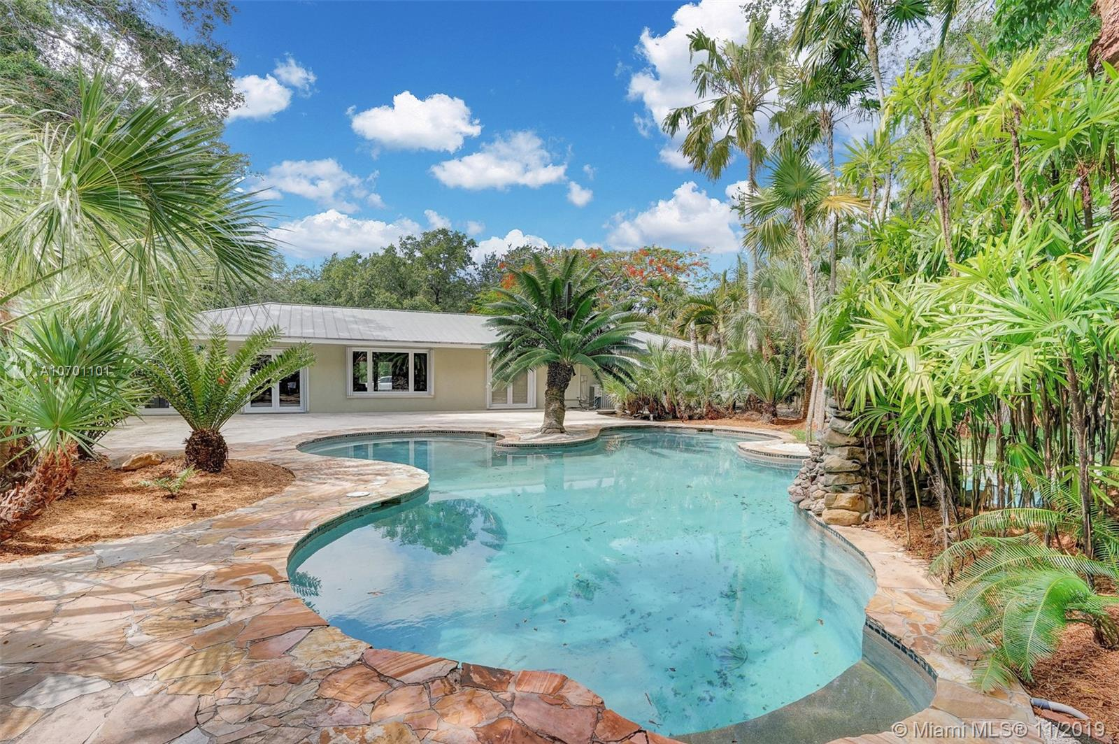 6435 SW 100th St  For Sale A10701101, FL