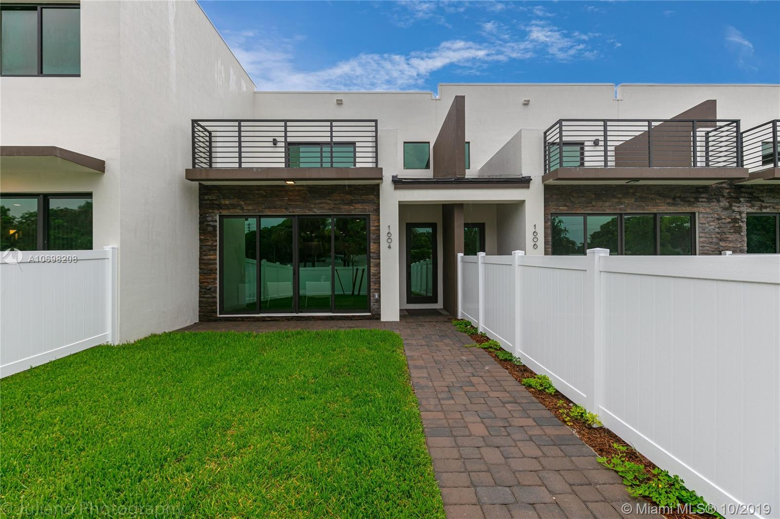 1606 SW 4th Ave, Fort Lauderdale, FL 33315