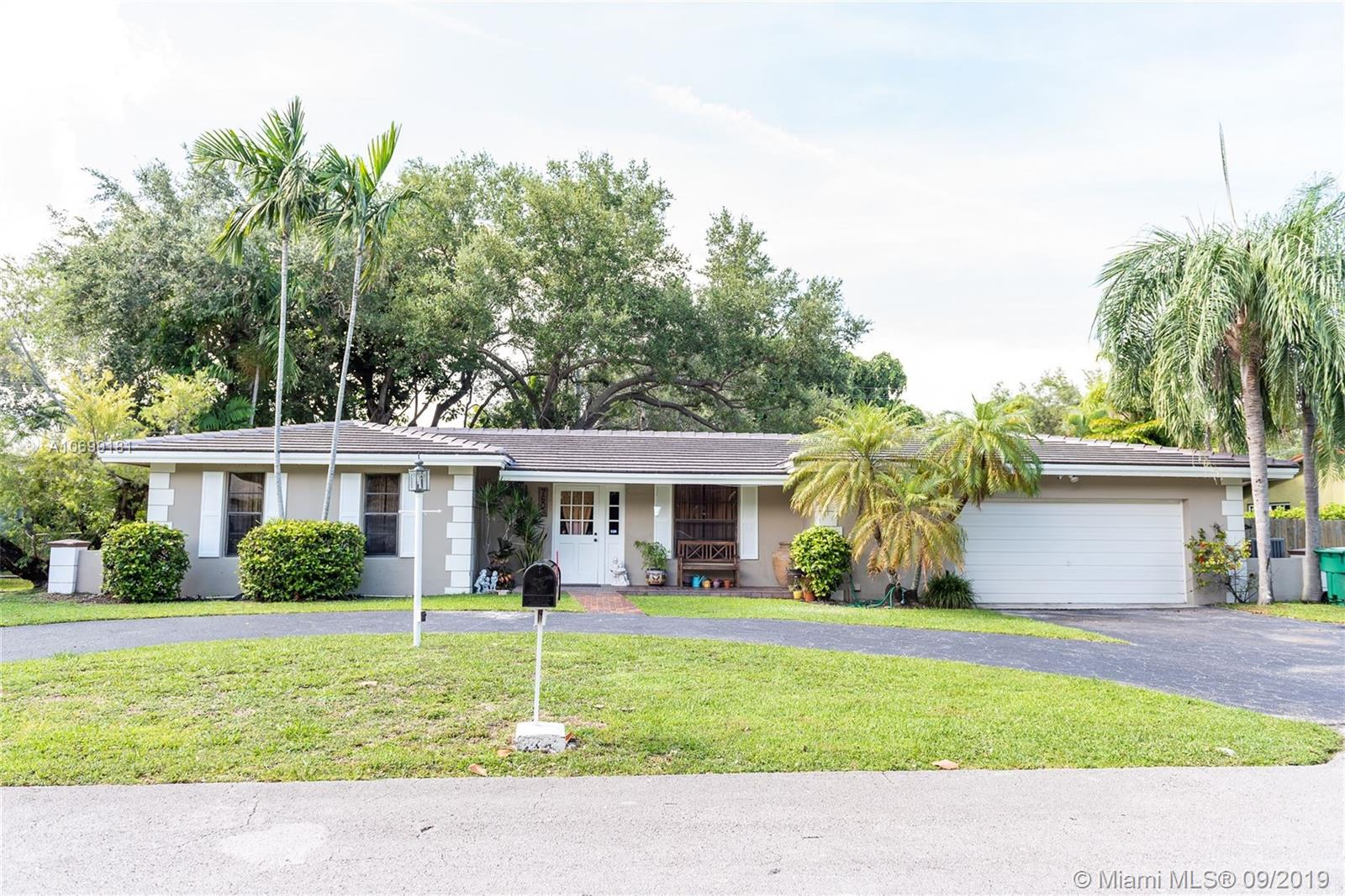 7605 SW 167th St  For Sale A10699181, FL