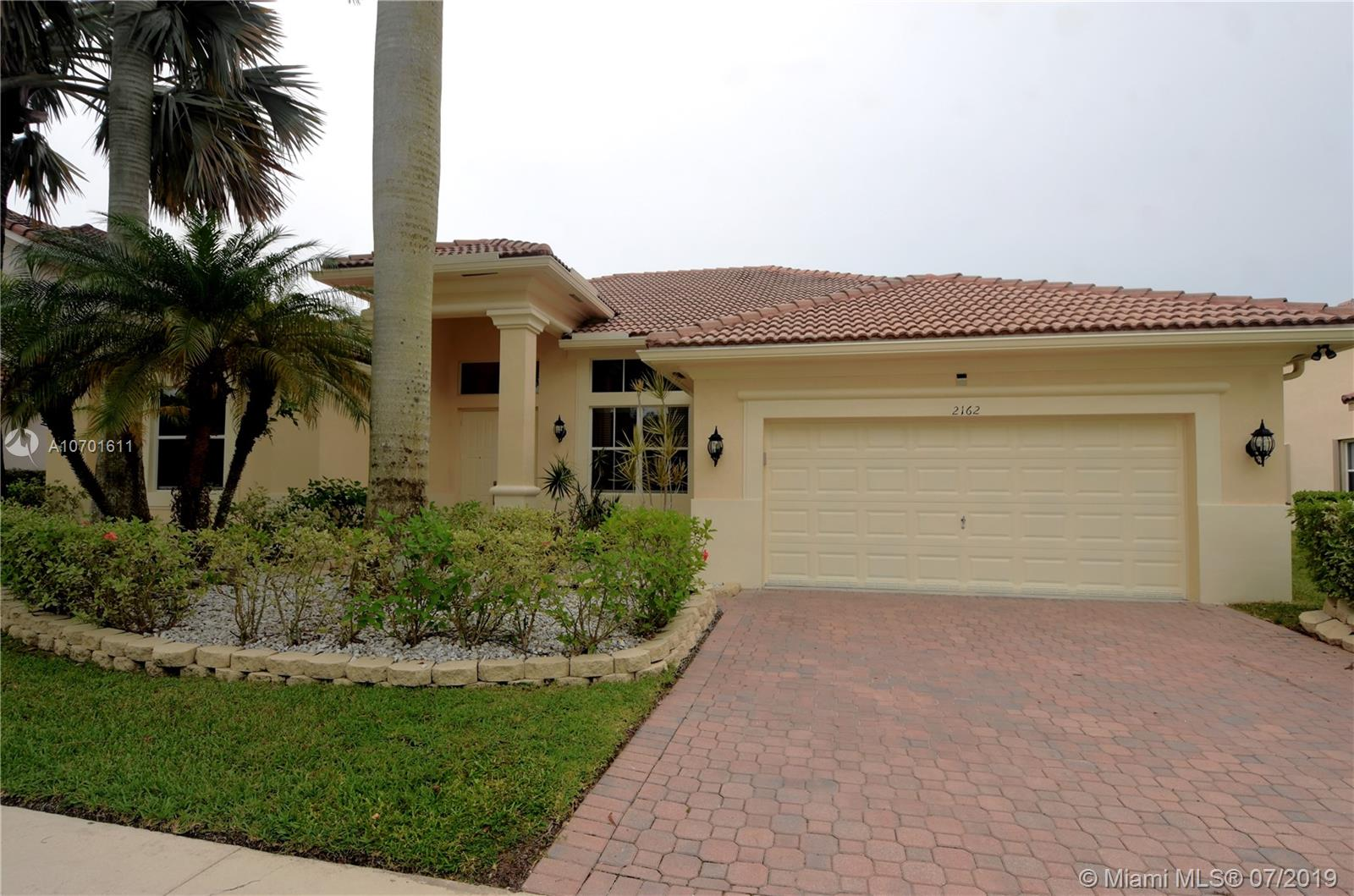 2162  Quail Roost Dr.
