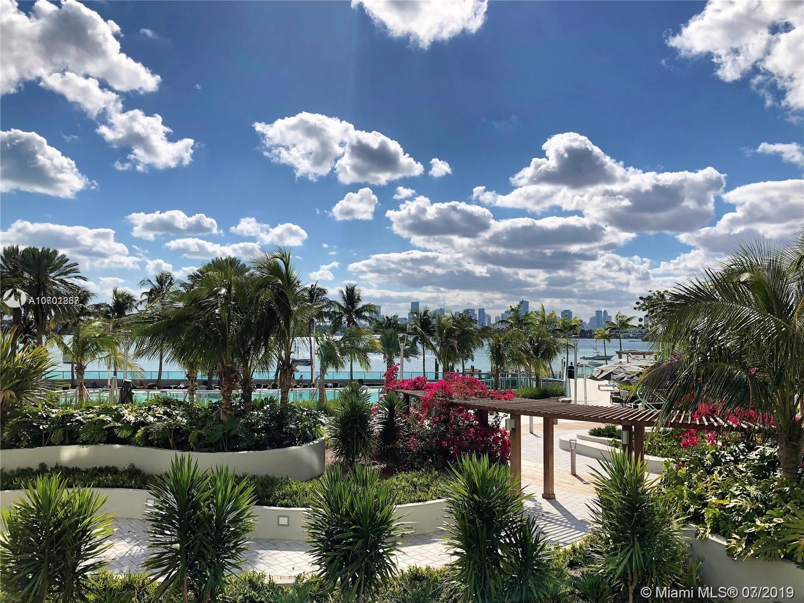 1500  Bay Rd #220S For Sale A10701867, FL