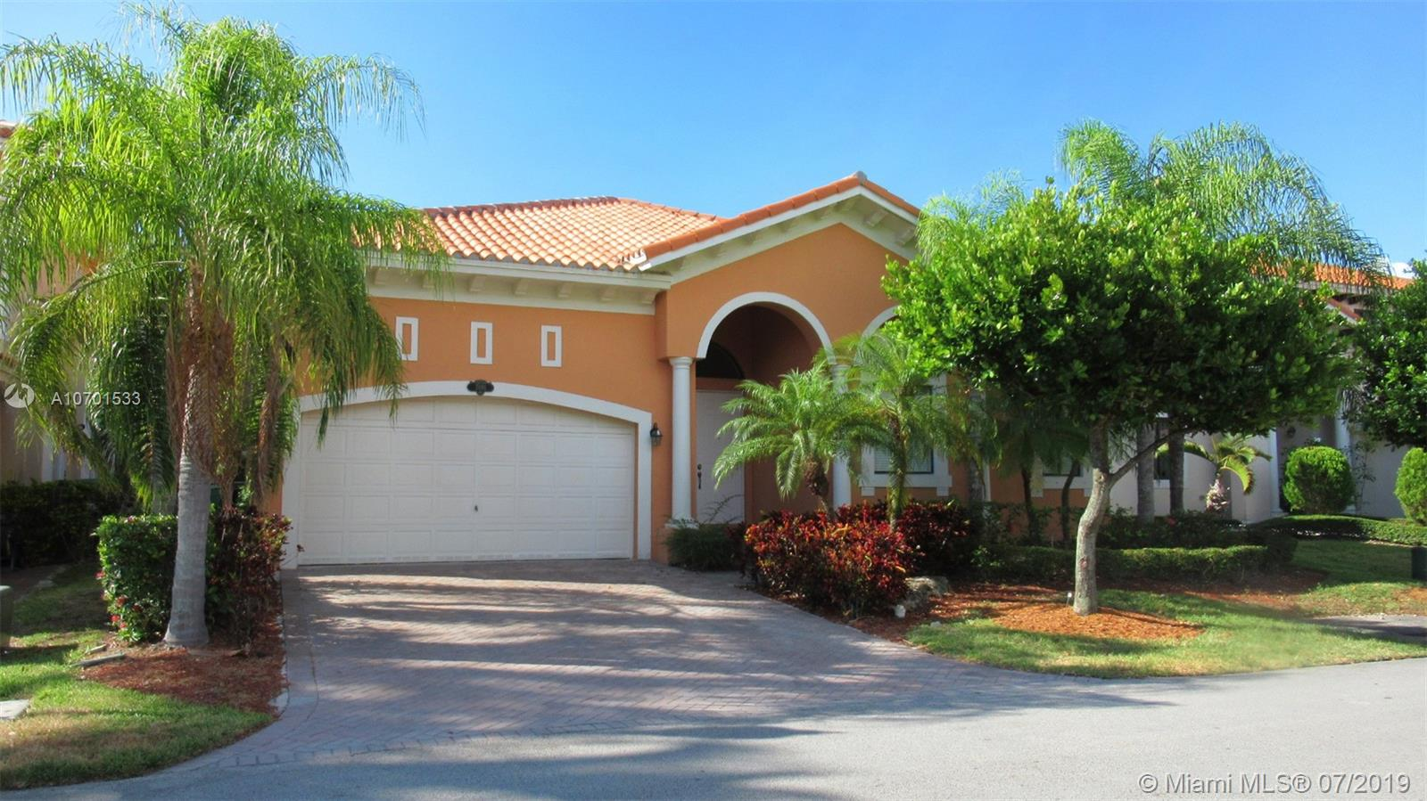 7666 SW 193rd Ln  For Sale A10701533, FL