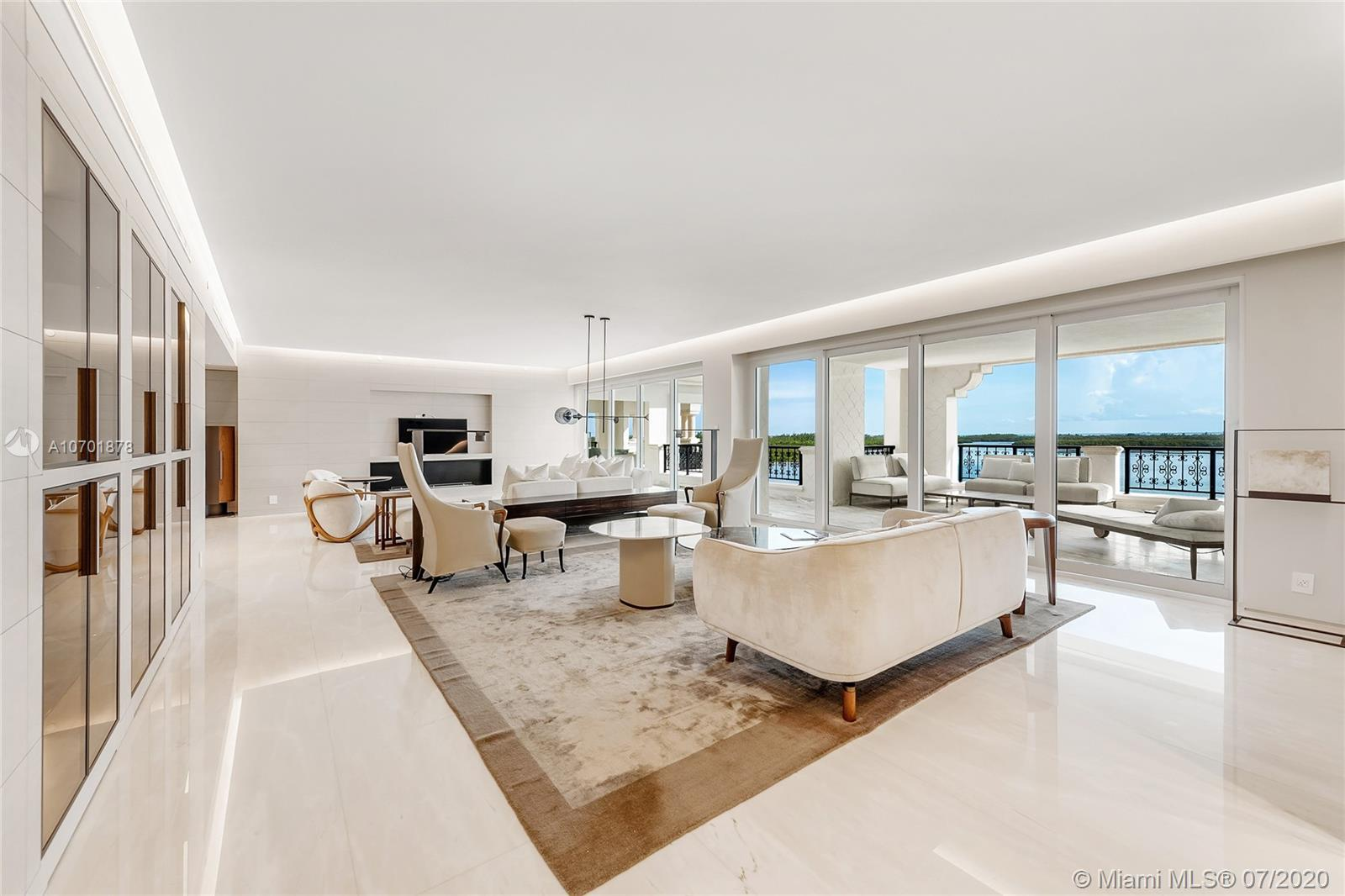 5292  Fisher Island Dr   5292