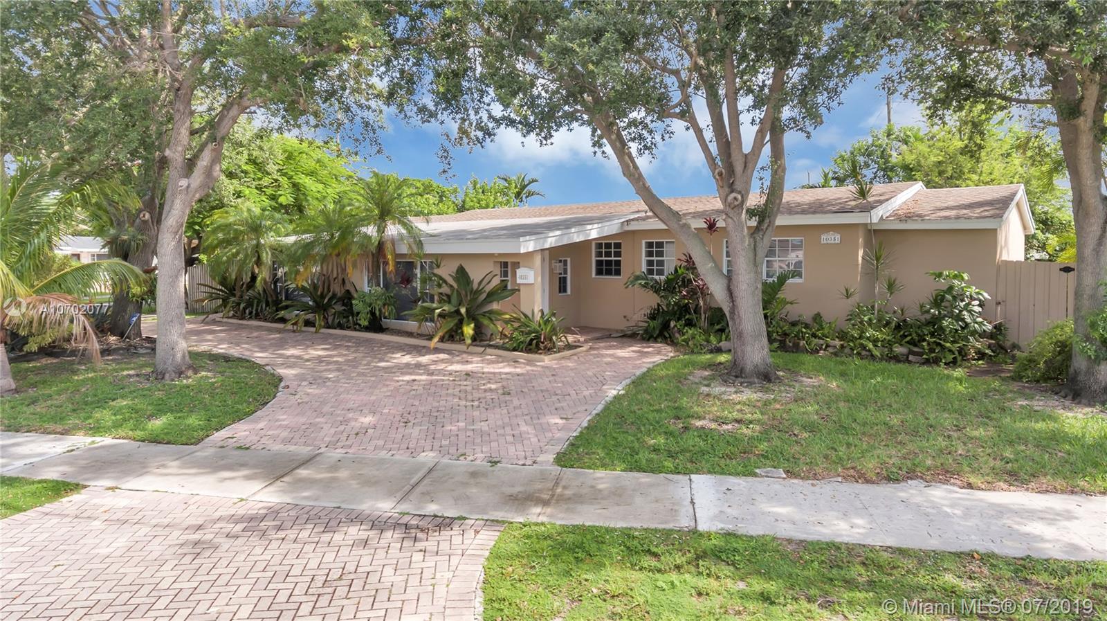 10351 SW 51st St, Miami FL 33165