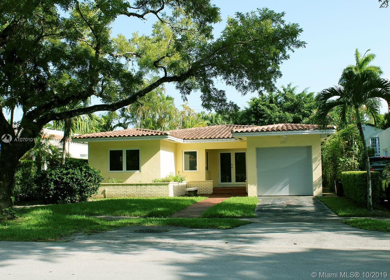 1330  Obispo Ave  For Sale A10701011, FL