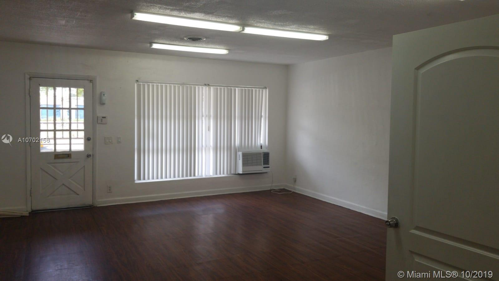 701 S 21st Ave #OFFICE 3 For Sale A10702156, FL