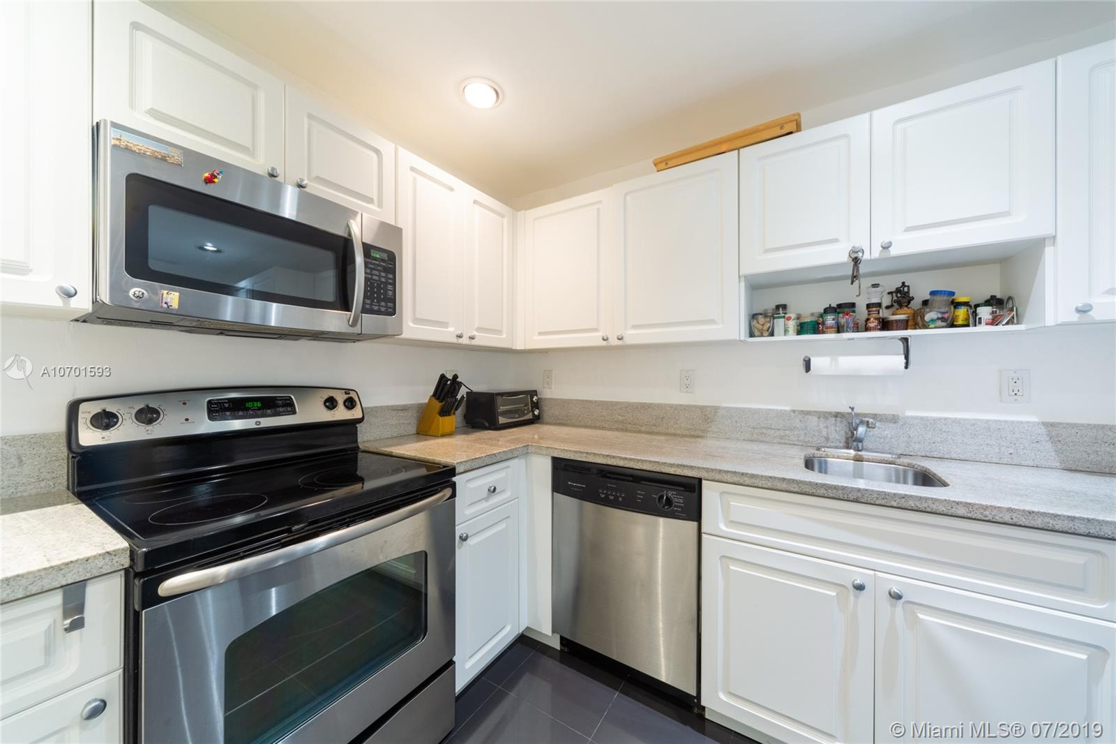 10185  Collins Ave #208 For Sale A10701593, FL