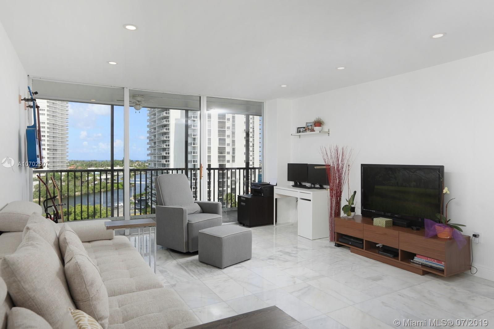 3731 N Country Club Dr #821 For Sale A10702507, FL