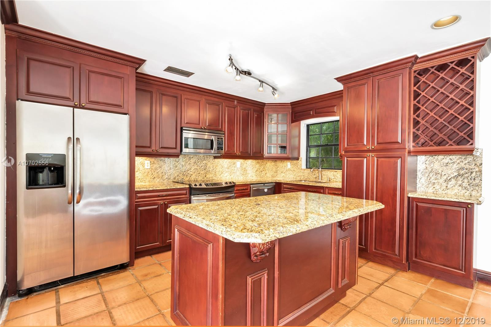 4445  Red Rd  For Sale A10702556, FL