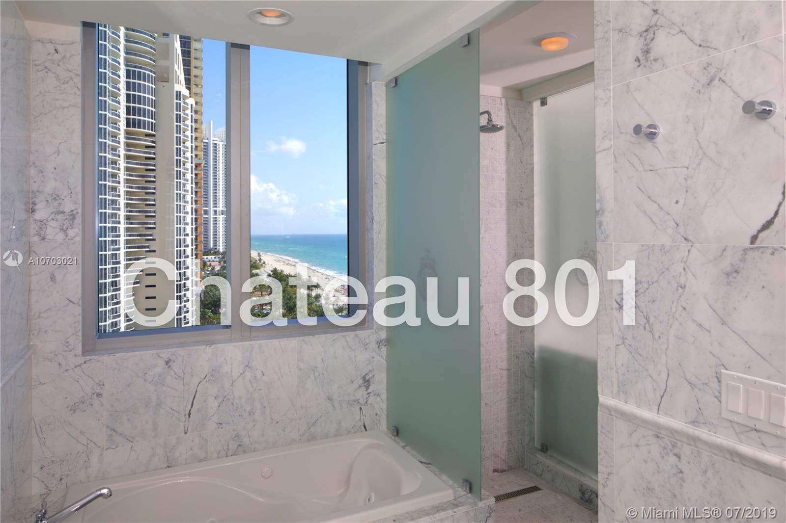 17475  Collins Ave   801