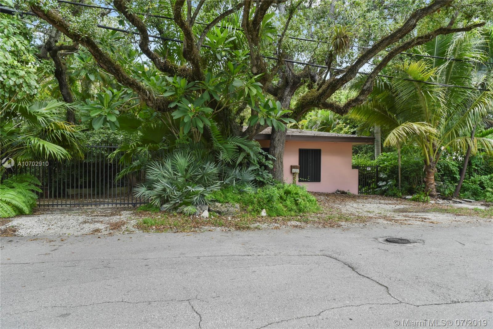 3130  Emathla St  For Sale A10702910, FL