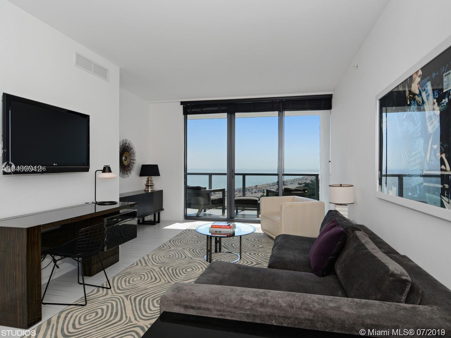 2201  Collins Ave   1509