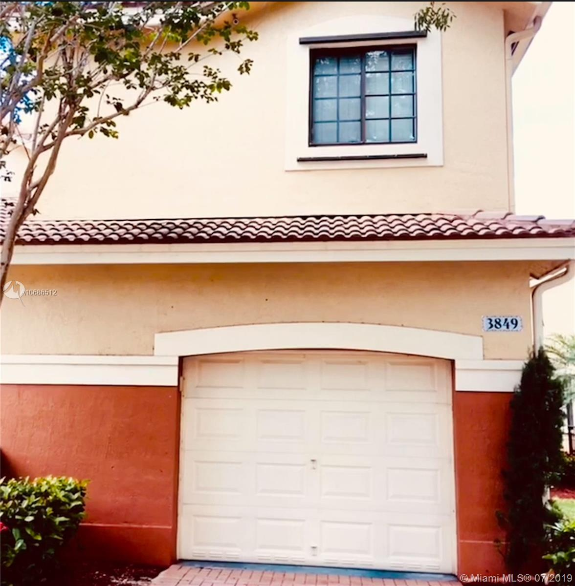 3849  Tree Top Dr  For Sale A10686512, FL