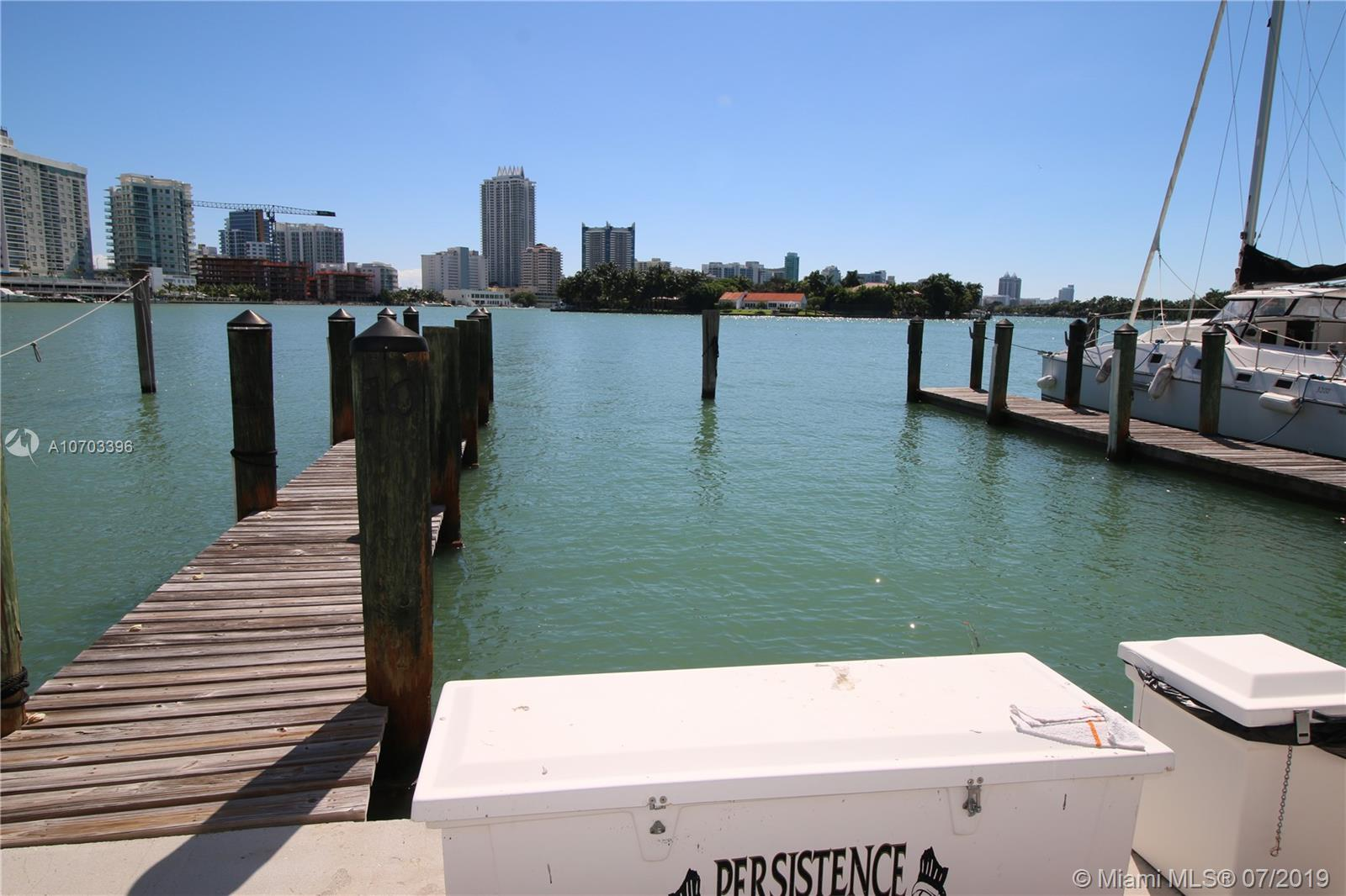 900  Bay Dr DS1/2  For Sale A10703396, FL
