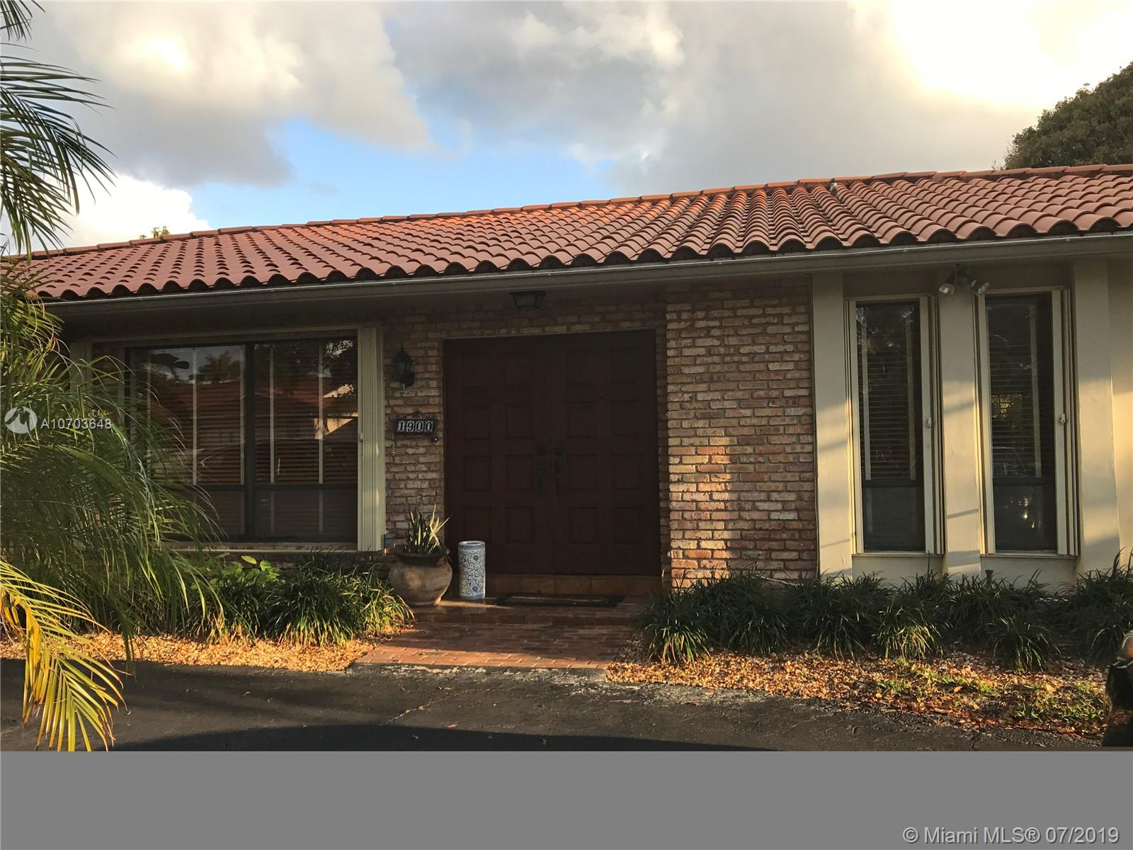 1900 NE 205 St  For Sale A10703648, FL