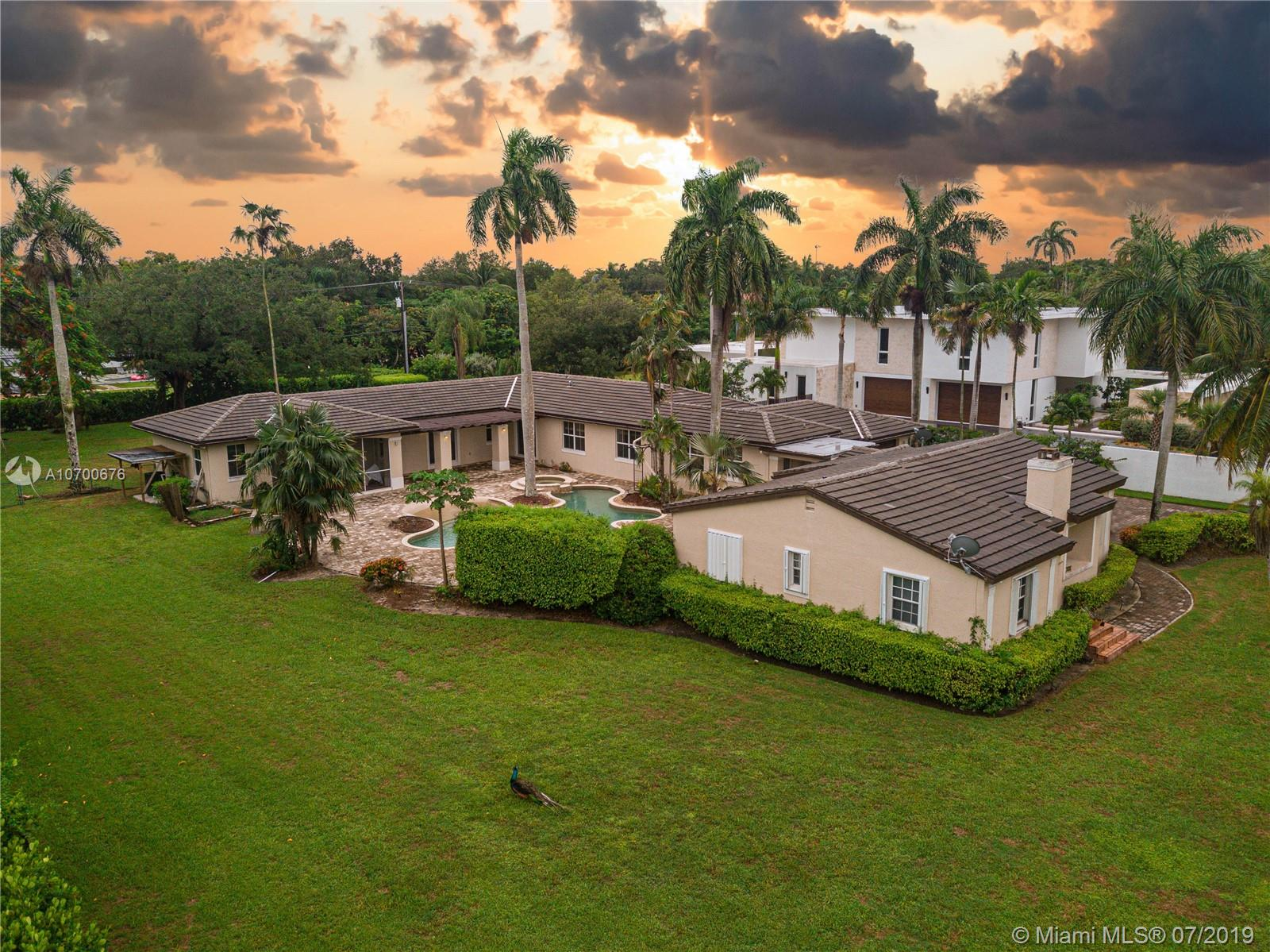 7424 SW 102nd St  For Sale A10700676, FL