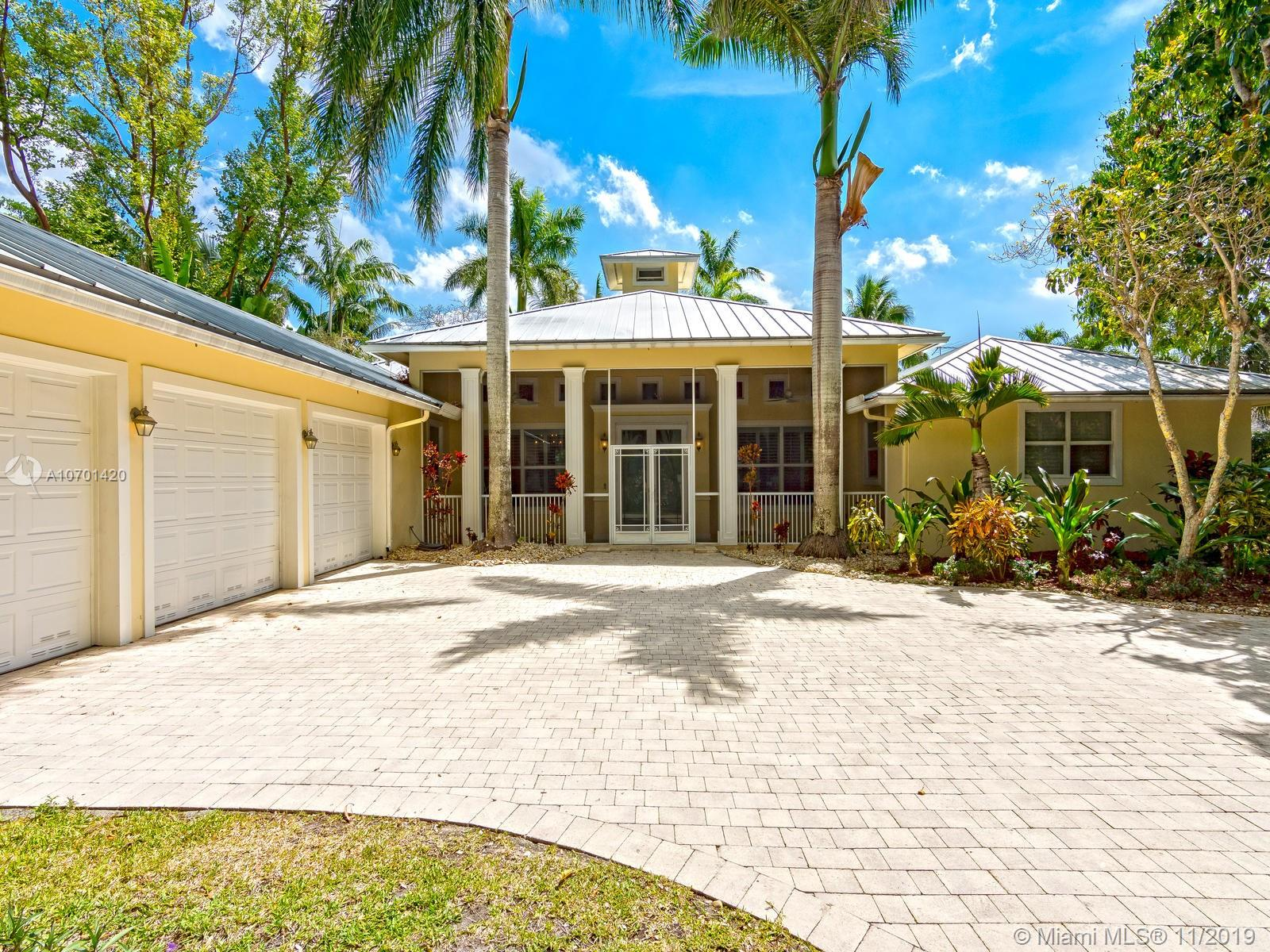 10001 SW 60th Ave  For Sale A10701420, FL