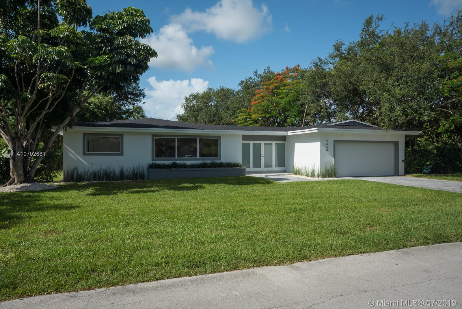 7450 SW 105th Ter  For Sale A10702681, FL