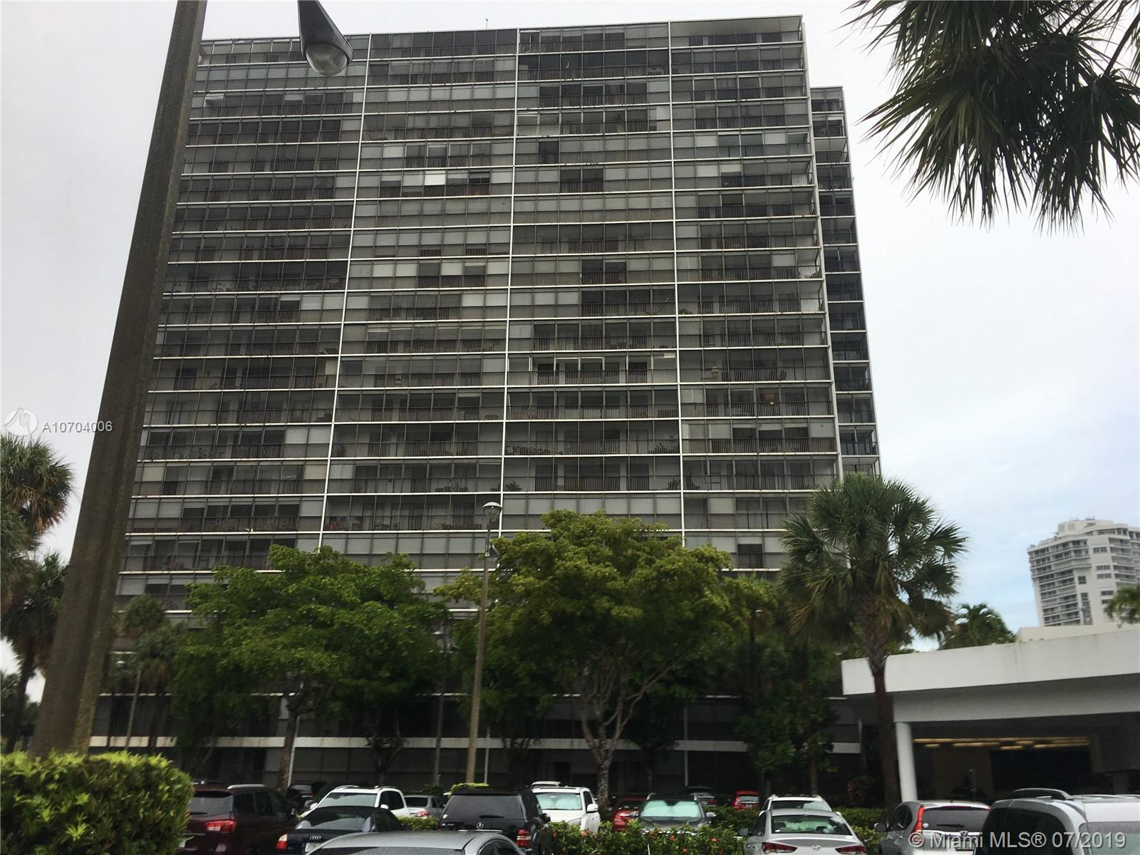 3701 N Country Club Dr #1804 For Sale A10704006, FL