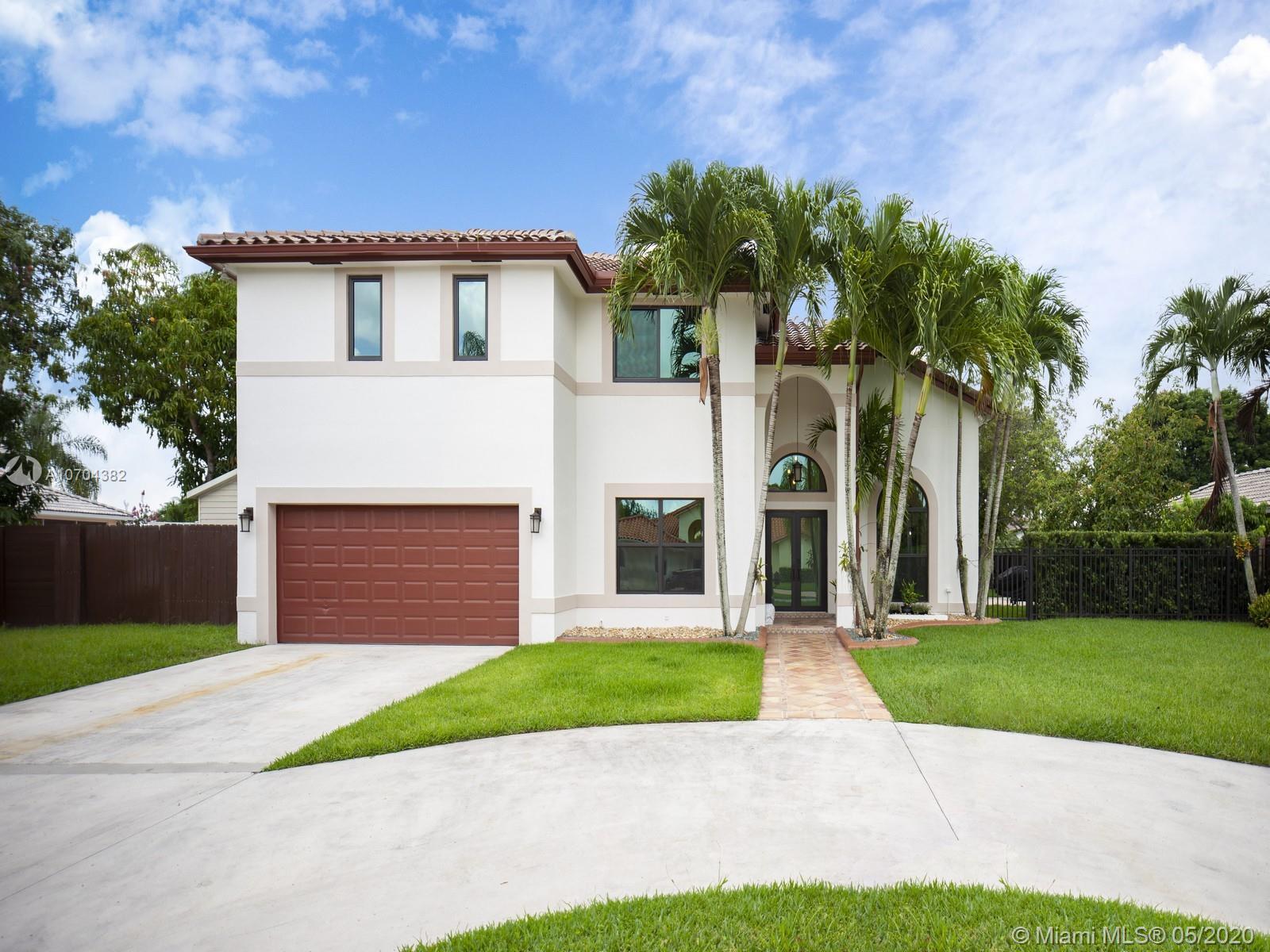 15174 SW 157th Ter, Miami, FL 33187
