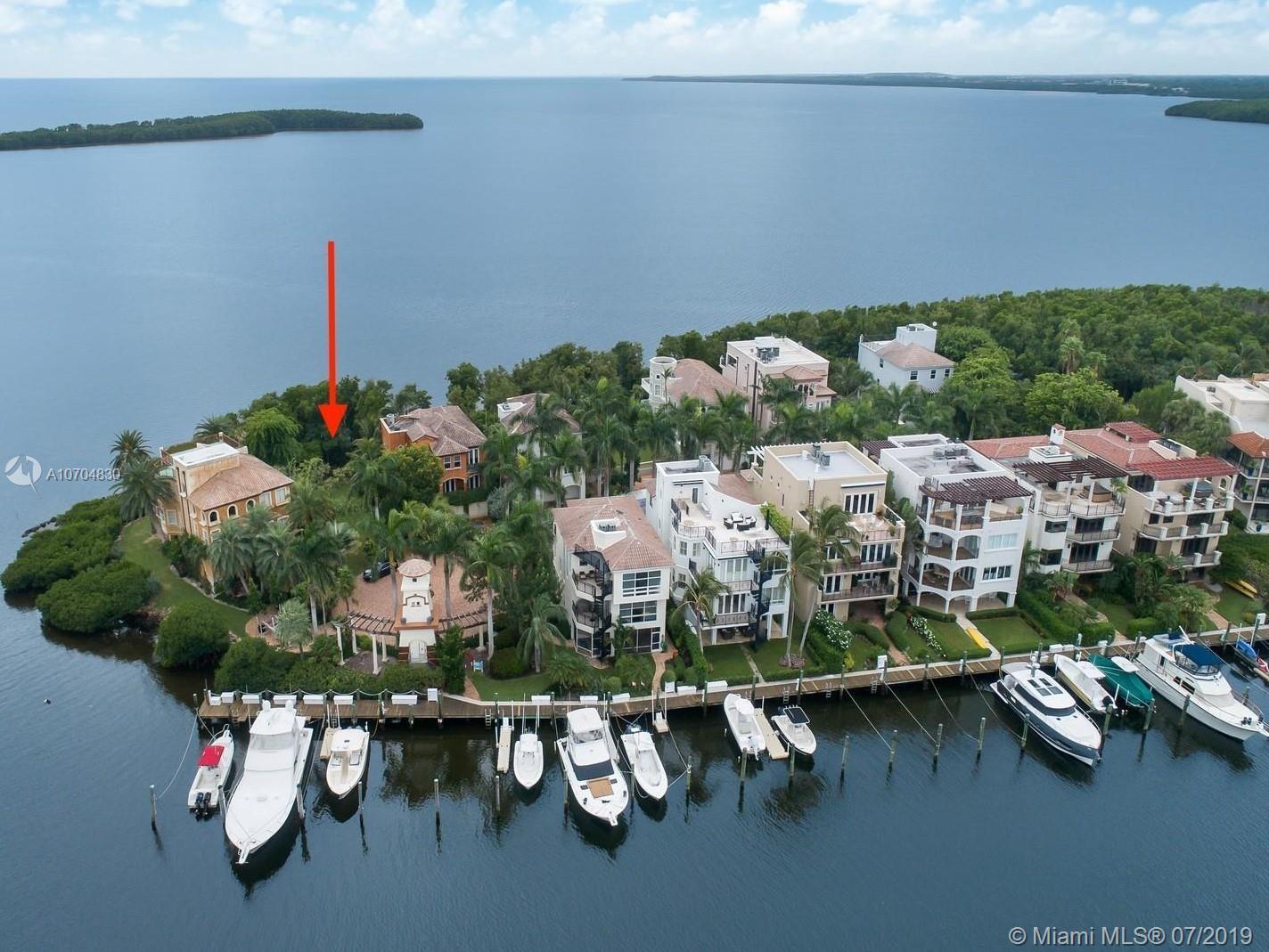 5839 Paradise Point Dr, Palmetto Bay, FL 33157