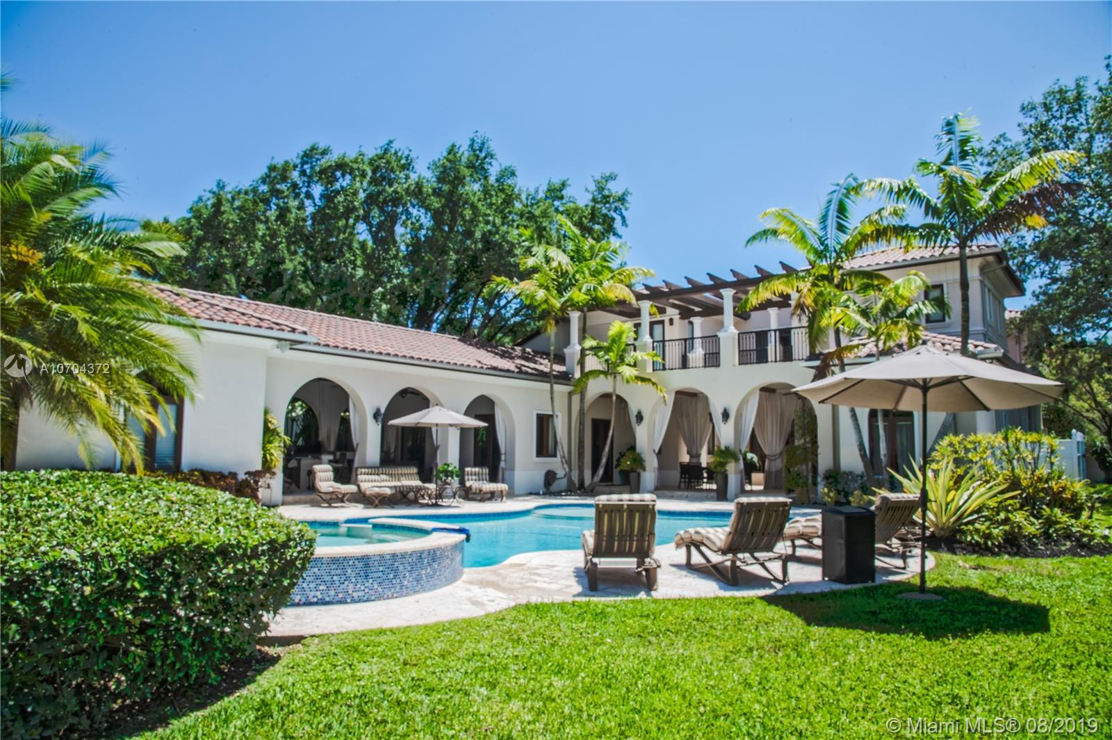 6885 SW 92nd St  For Sale A10704372, FL
