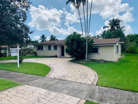 8200 SW 99th Ave  For Sale A10701905, FL