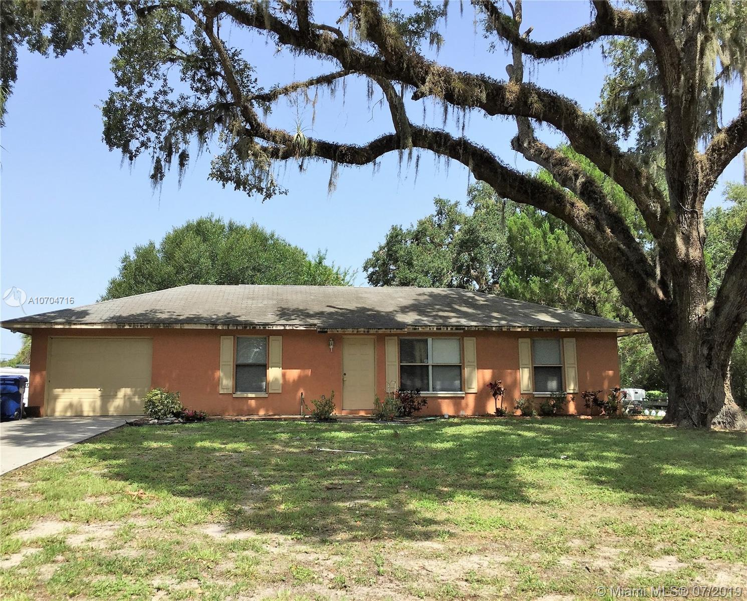 4007  South Edgewater Circle  For Sale A10704716, FL