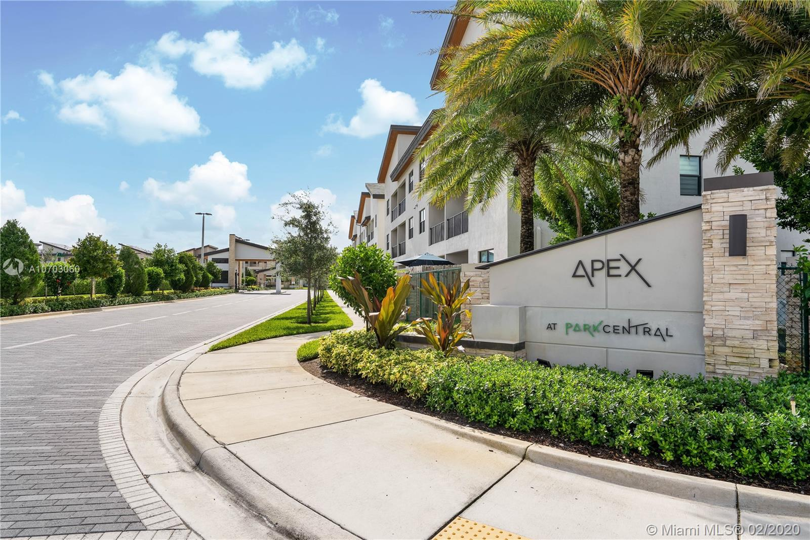 7809 NW 104th #3 For Sale A10703060, FL