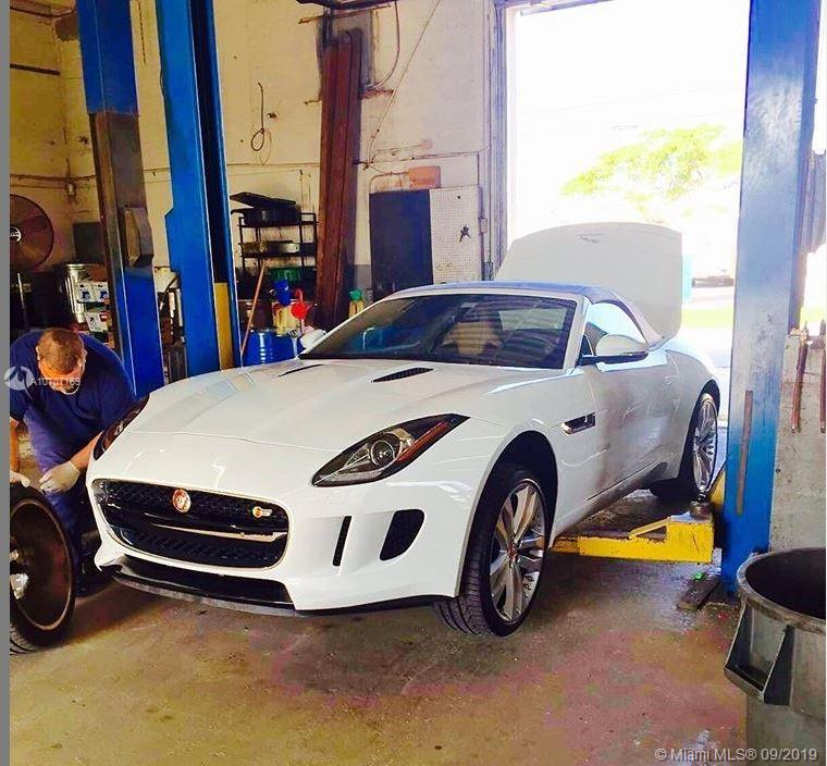 Auto Repair in Ives Dairy  For Sale A10707169, FL