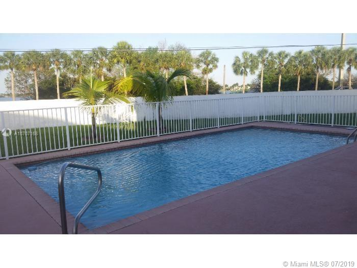 1281 NW 184th Ter   0