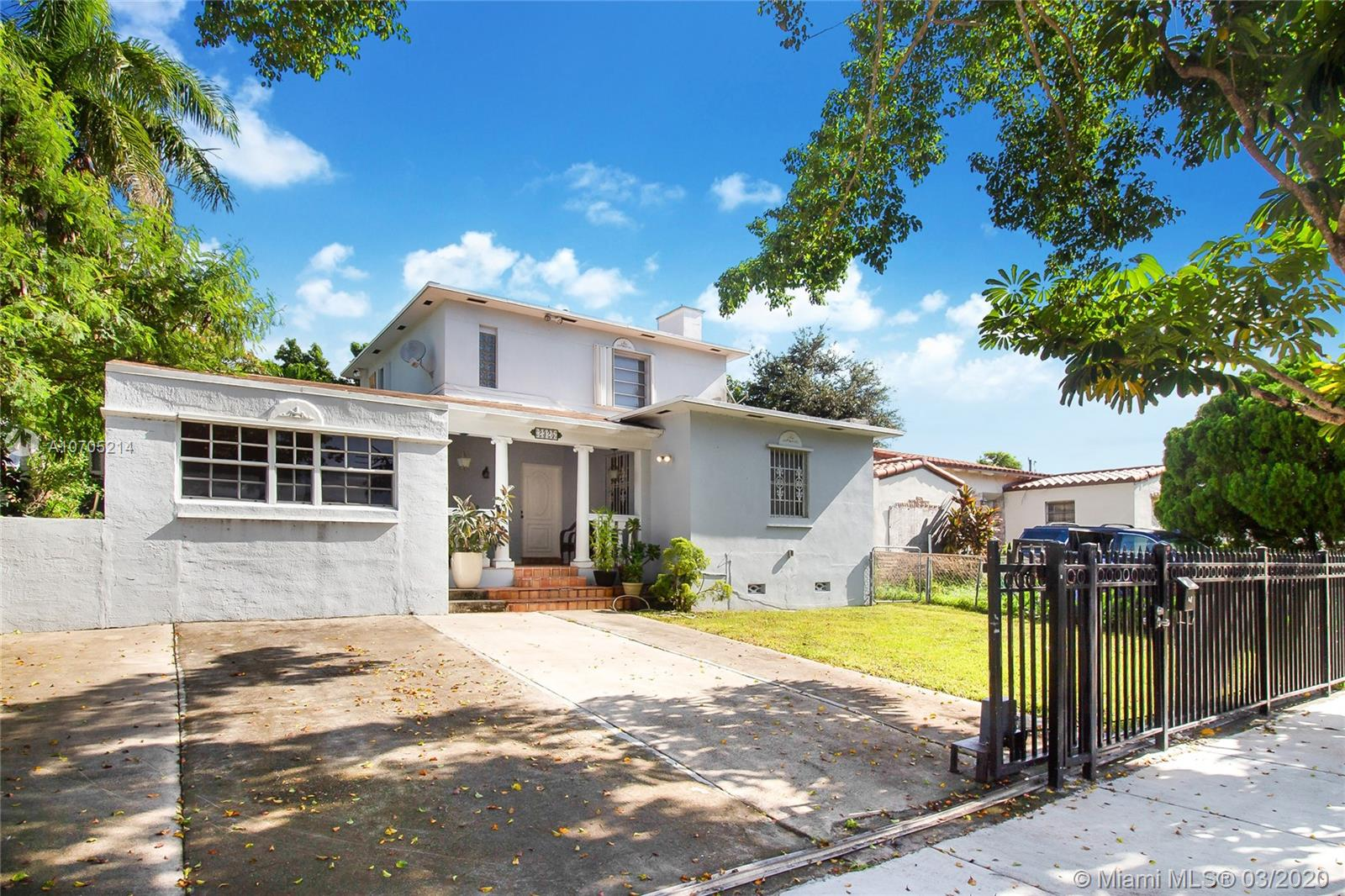 2325 SW 17 ST  For Sale A10705214, FL