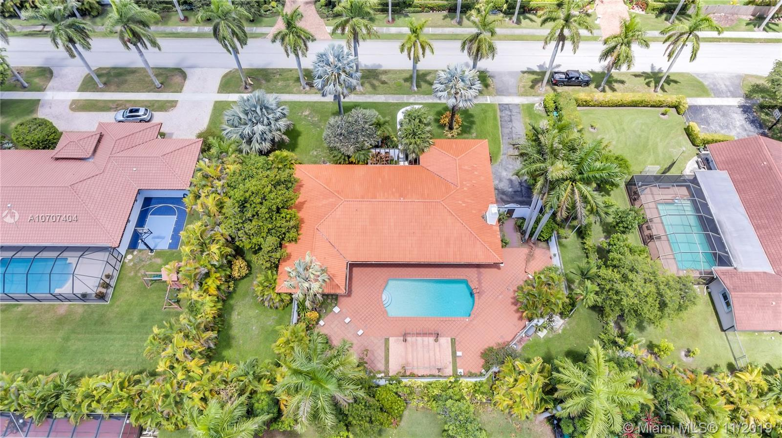 10125 SW 72nd Ave  For Sale A10707404, FL