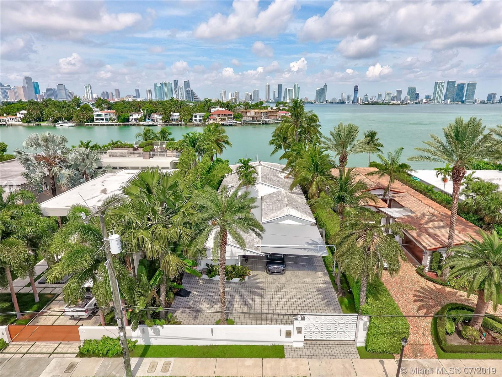 620 W Dilido Dr  For Sale A10704904, FL