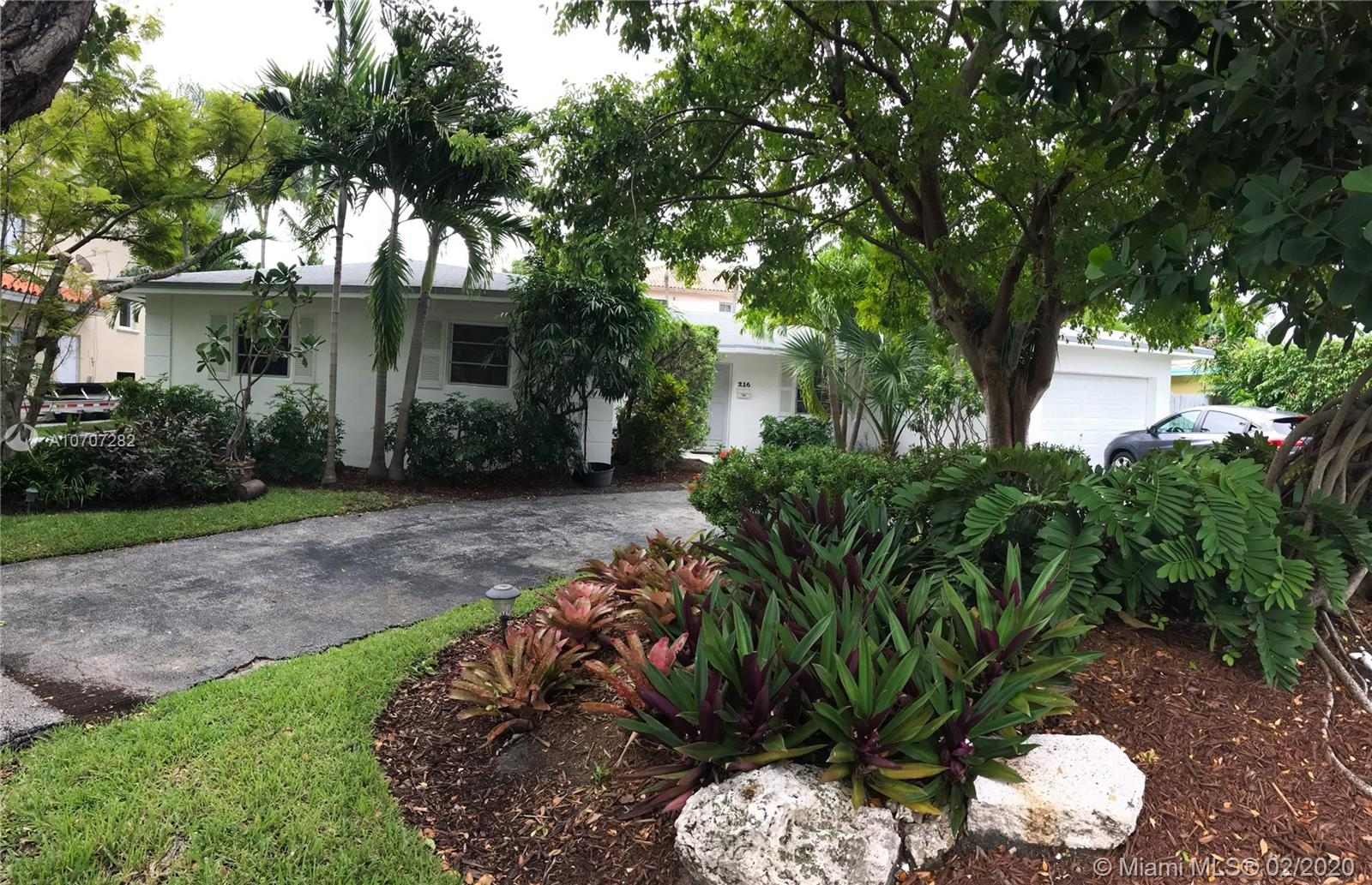 216  Buttonwood  For Sale A10707282, FL