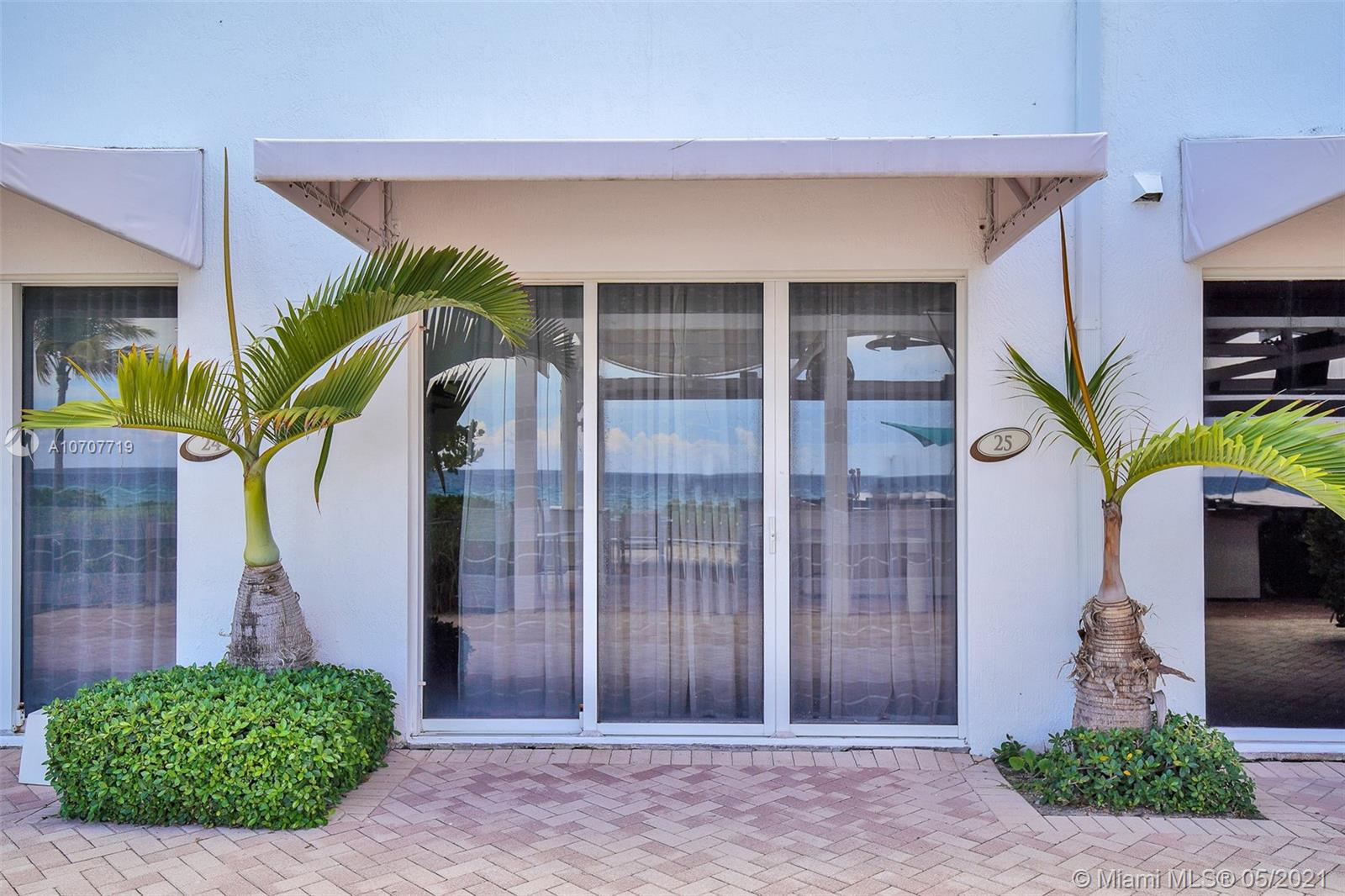 18001  Collins Ave #CAB 25 For Sale A10707719, FL
